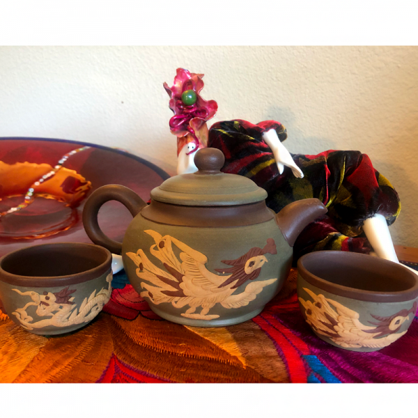 yixing teapot set collectables